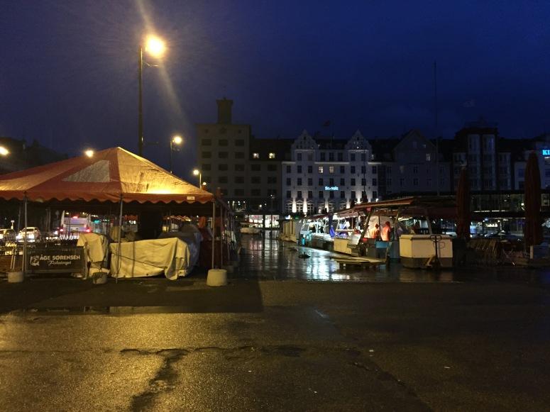 Article 1_Good Night Fish Market