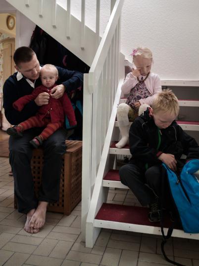 產品開發員 Johan Ekengård 和他的伴侶平均分配他們的假期。