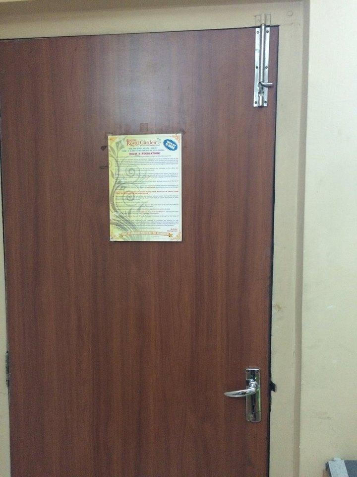 最愛印度的房門有手動門栓!就算天皇老子敲門,老娘誓不開門!