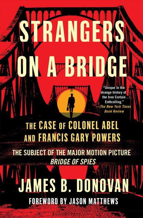 1964 年,Donovan 發表回憶錄《Strangers on the Bridge》,成為新片《換諜者》的改編對象。
