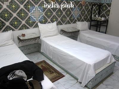 圖片是在突尼西亞曾經入住過的三人房