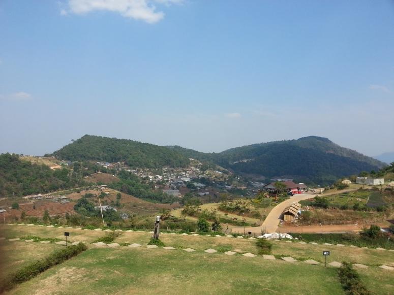 清邁 Mon Tawan 景區上視野開闊,可遠眺湄林區梯田,山巒環抱。