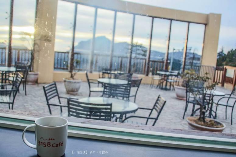 看畢日出,在Cafe喝杯熱薑茶驅寒 由心暖到全身~ 暖暖的感覺很幸福呢~