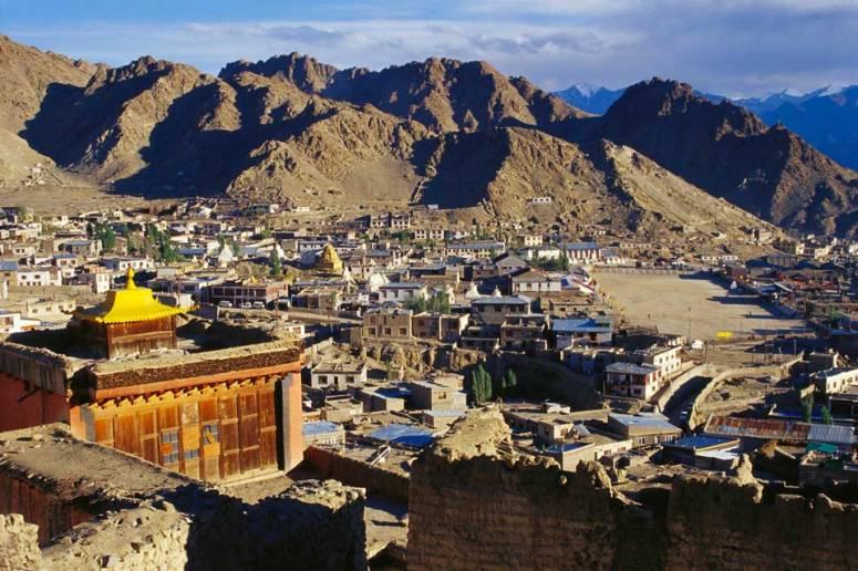 編按:列城位於印度查謨-喀什米爾邦(因印巴領土爭議,也被稱之「印控喀什米爾」),地理上處於喜馬利亞山脈。